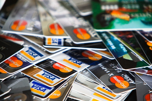 http://www.pymnts.com/fraud-prevention/2017/brits-say-no-to-credit-debit-cards-over-hacking-fears/
