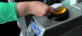 http://www.bankingtech.com/898271/transport-for-london-tops-one-billion-contactless-journeys/