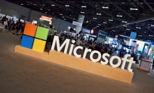 Microsoft targets retailers to compete with Amazon